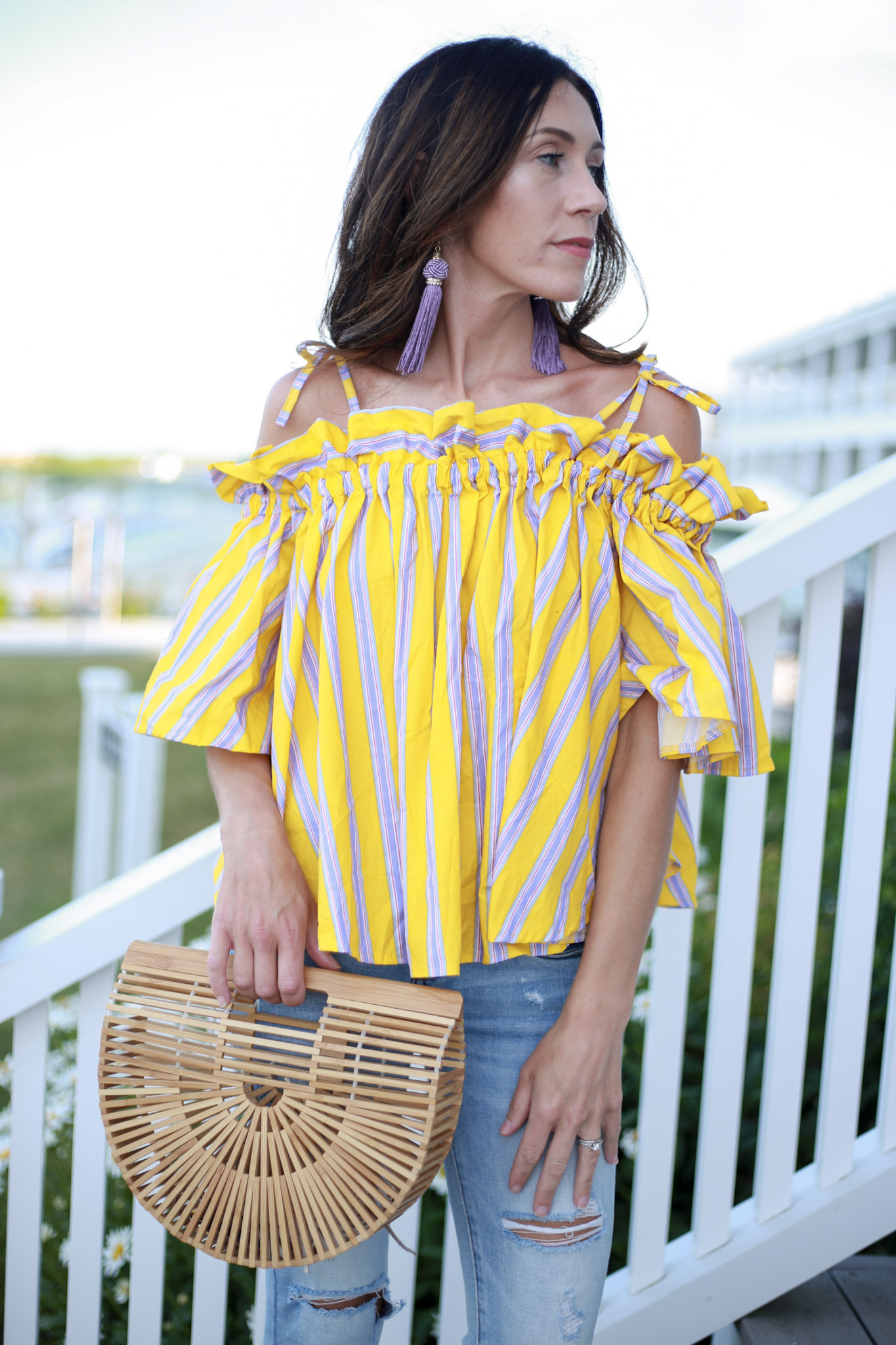 styling off the shoulder top, How To Use Liketoknow It by Boston fashion blogger Living Life Pretty