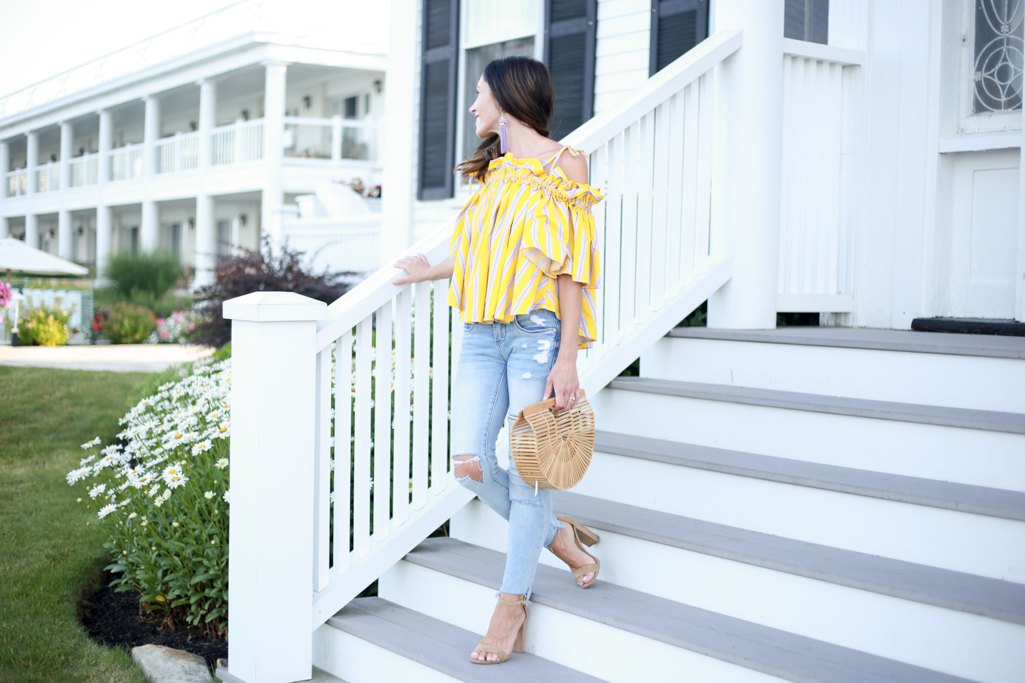 the best off the shoulder for the summer months. How To Use Liketoknow It by Boston fashion blogger Living Life Pretty
