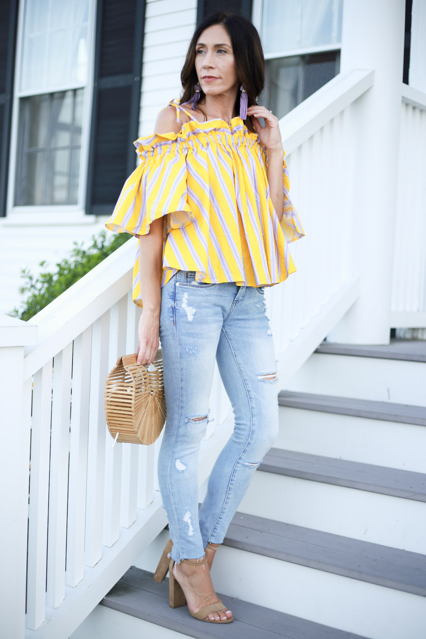 Using liketoknow.it and the cutest off the shoulder top. How To Use Liketoknow It by Boston fashion blogger Living Life Pretty