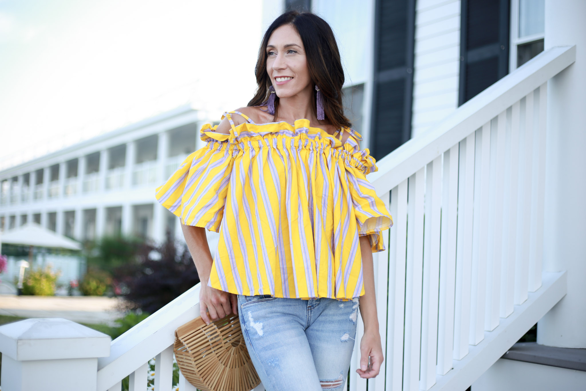 styling my favorite off the shoulder top for summer. - How To Use Liketoknow It by Boston fashion blogger Living Life Pretty