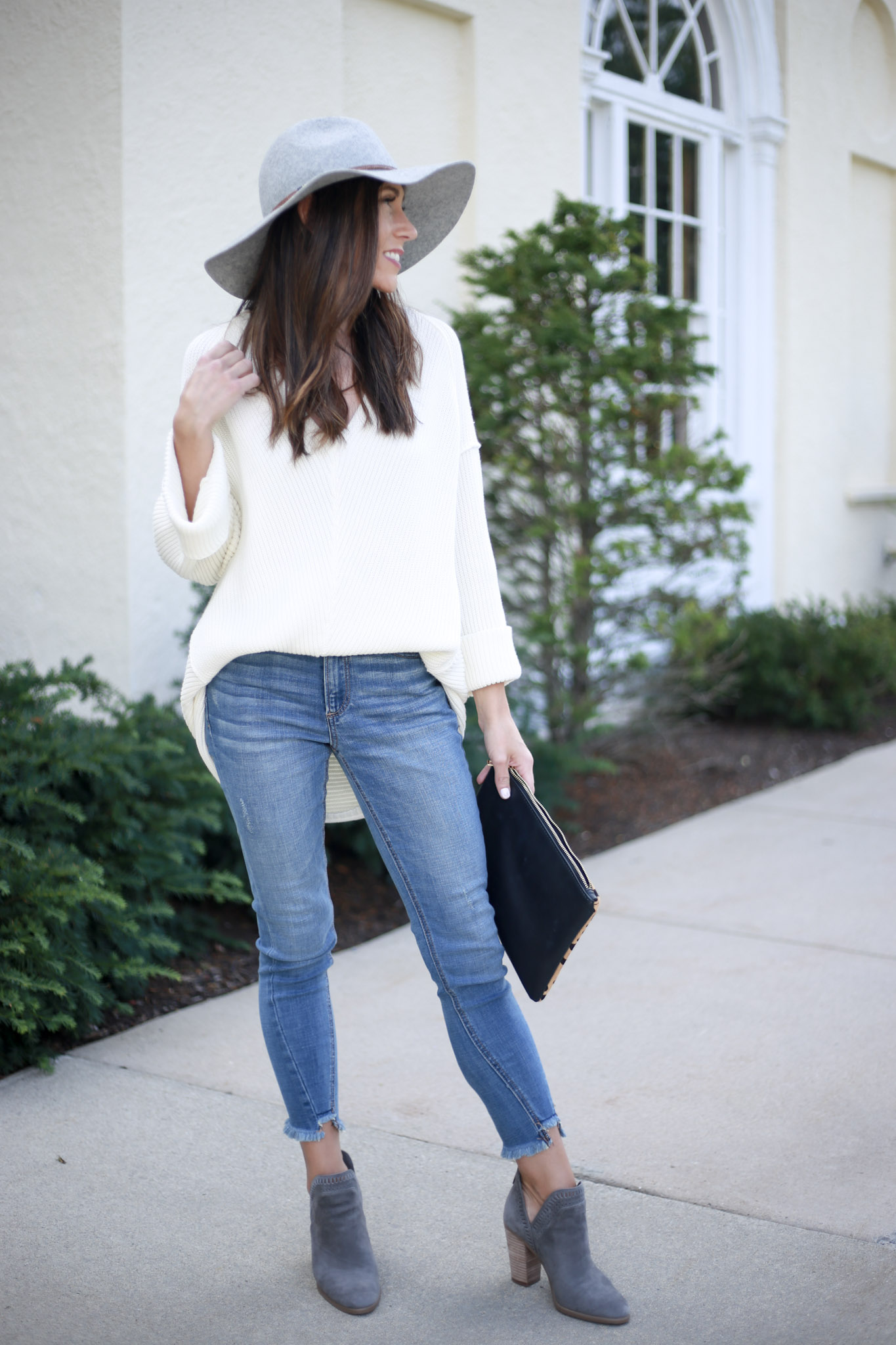 Finding the perfect fall sweater - The Knit Sweater by Boston fashion blogger Living Life Pretty