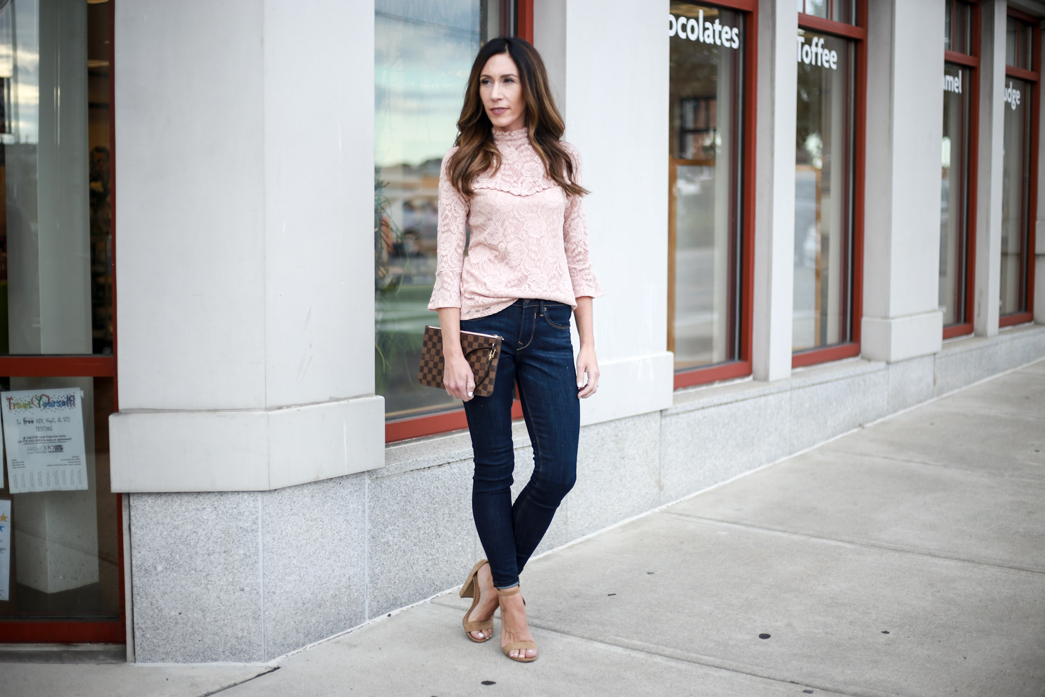 dressing your capsule wardrobe skinnies for date night!
