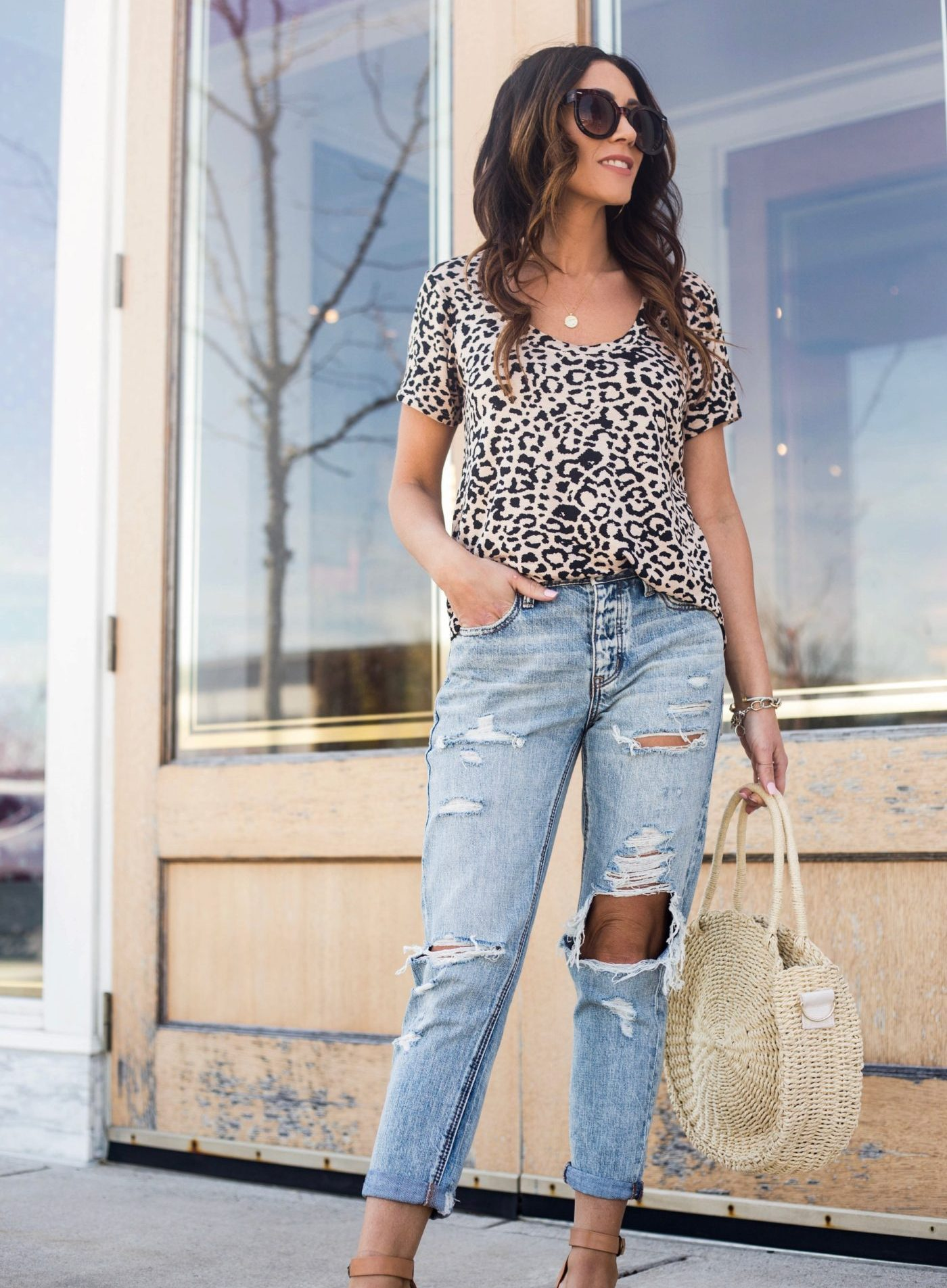Casual spring style - Leopard tee