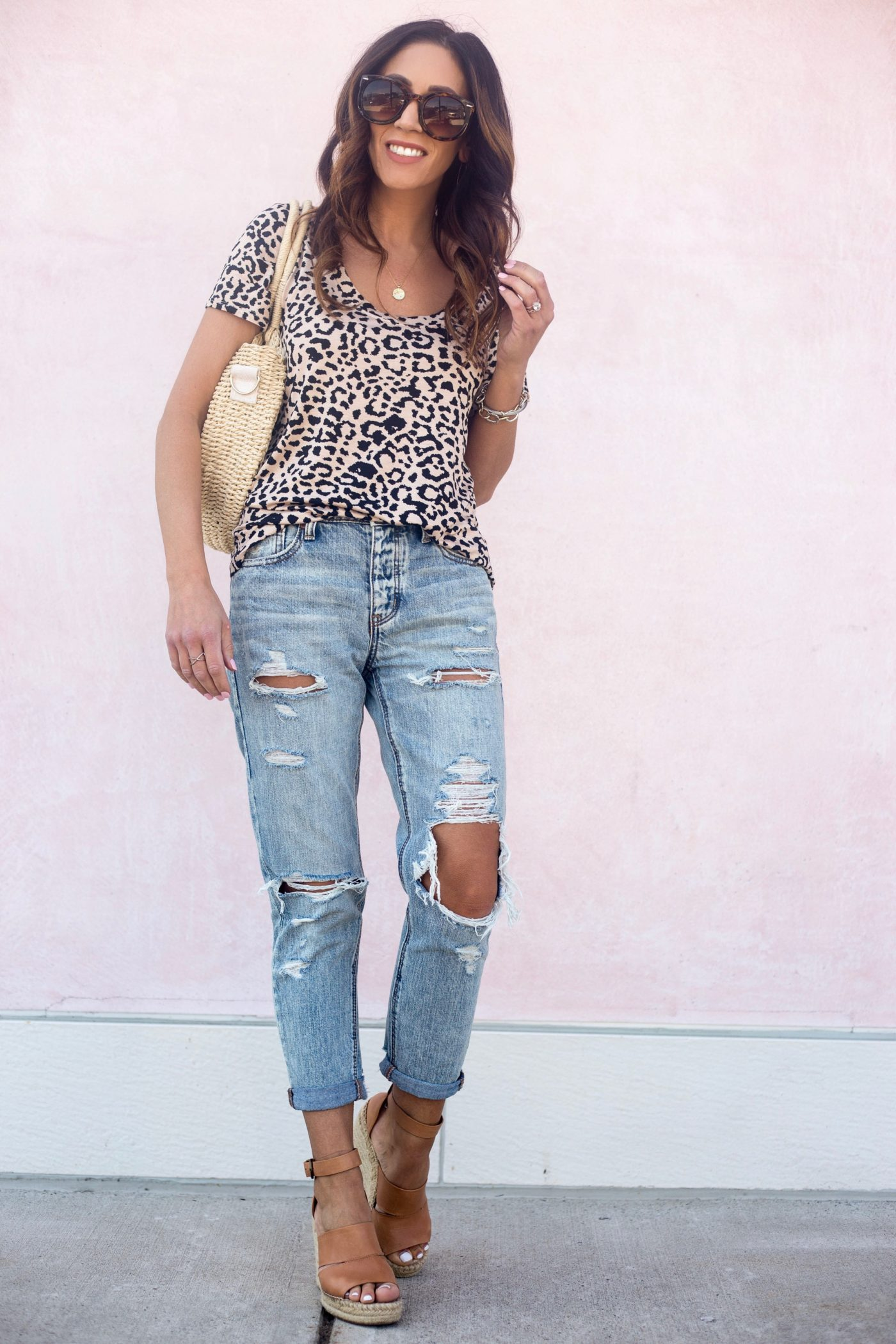 My casual spring style - Leopard tee